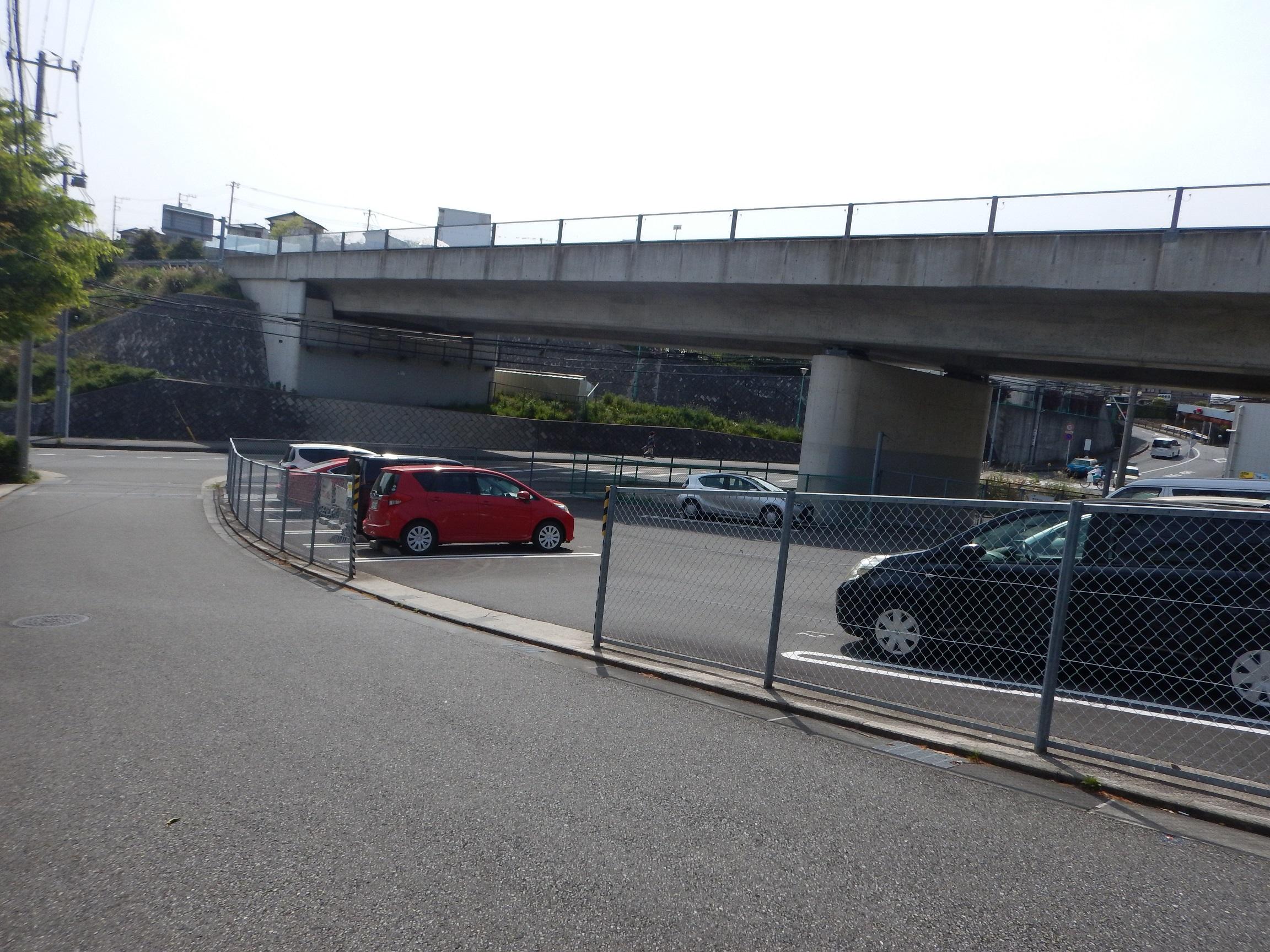 横浜横須賀道路 浦賀駐車場
