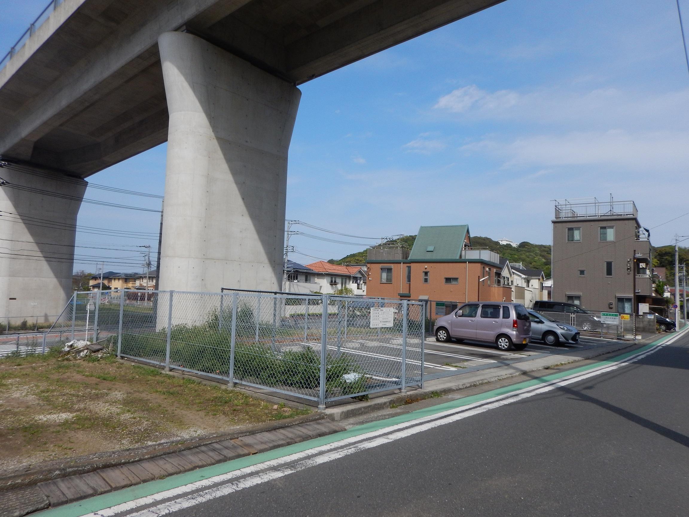 横浜横須賀道路 馬堀海岸駐車場